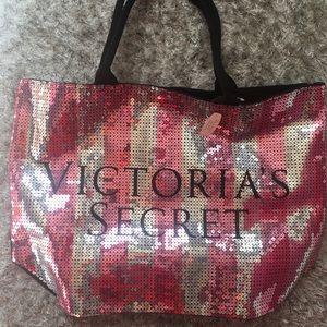 💓 NWT Victoria's Secret Tote💓
